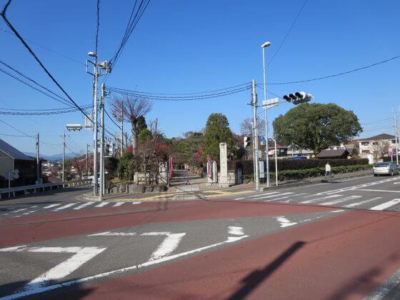 観音寺前 交差点
