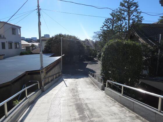 妙円寺 入口 坂
