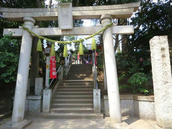 千束八幡神社 鳥居