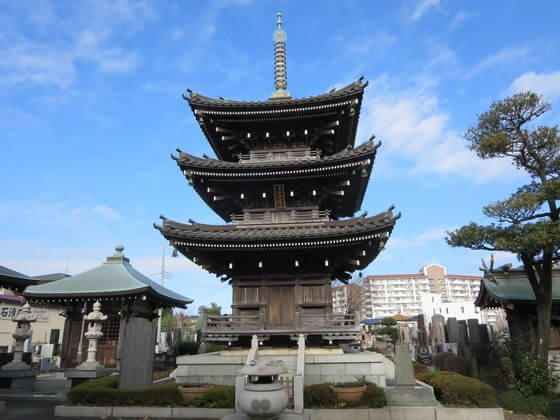 泉龍寺 三重塔