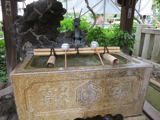 白山神社 手水舎