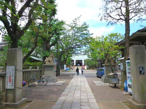 亀戸 香取神社 境内