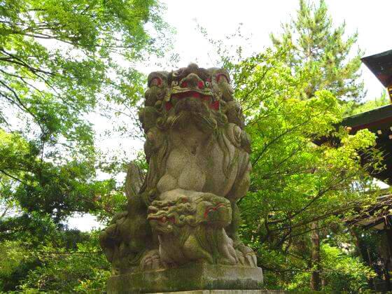 王子神社 狛犬 左