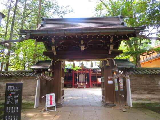 赤坂氷川神社 桜門