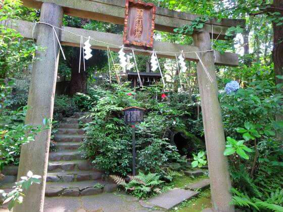 赤坂氷川神社 西行稲荷神社