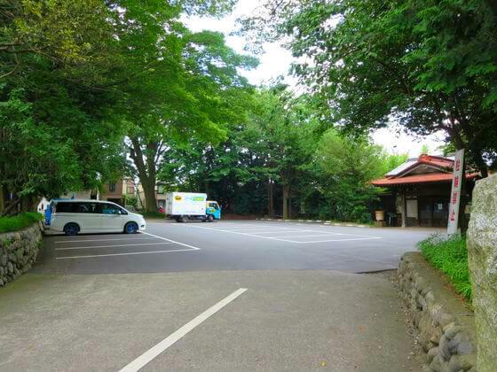 谷保天満宮 駐車場