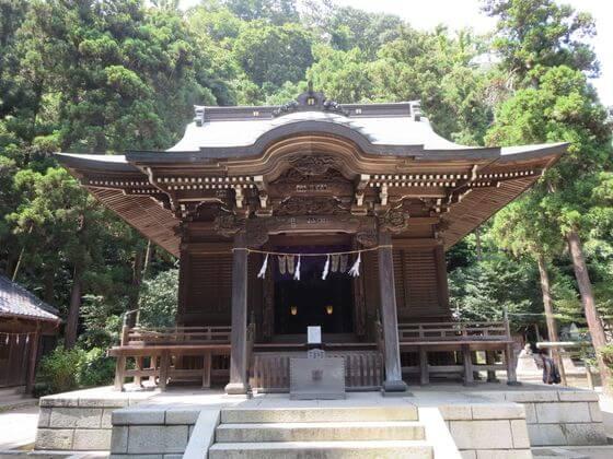 御霊神社 社殿