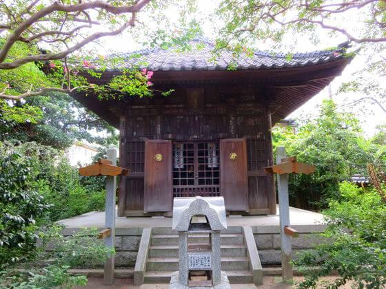 宝戒寺 聖徳太子堂