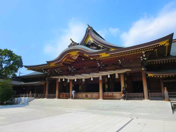 寒川神社 拝殿