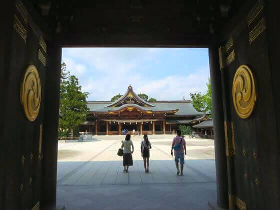 神門 寒川神社