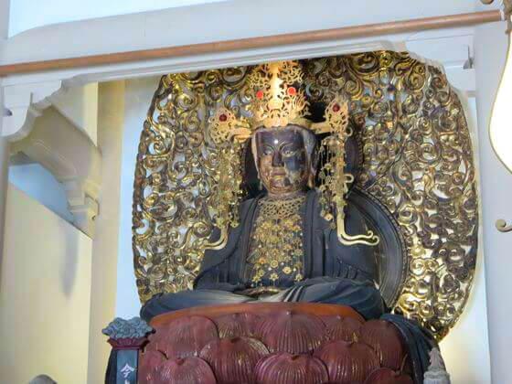 円覚寺 宝冠釈迦如来像