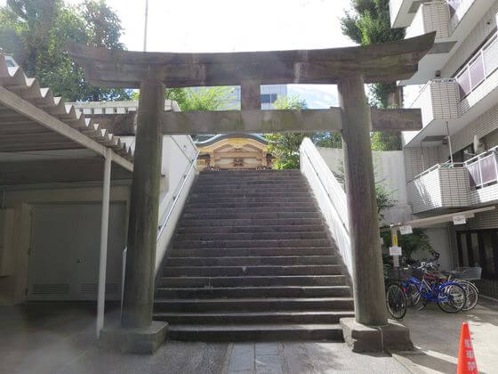 高輪神社 鳥居