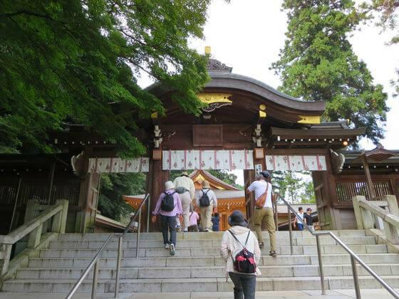 高麗神社 御神門