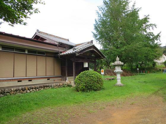 満蔵寺 本堂