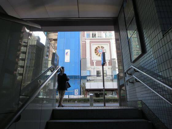 外苑前駅 4a出口
