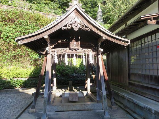 本行寺 御硯井戸