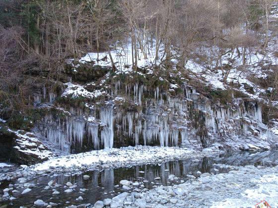 三十槌の氷柱 写真