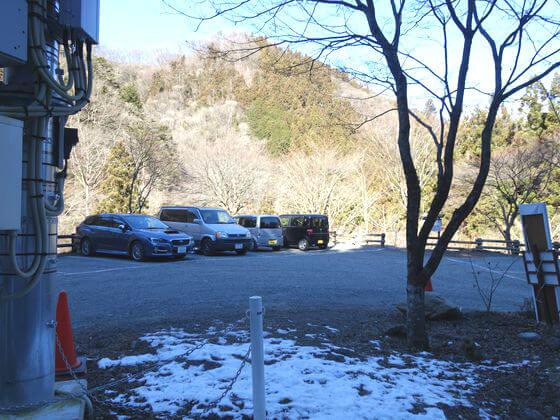 尾ノ内百景氷柱 駐車場