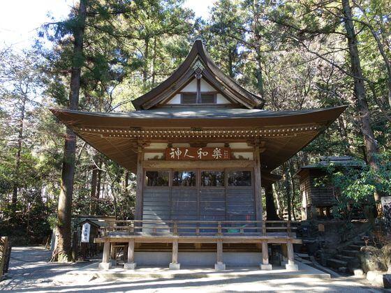神楽殿 宝登山神社