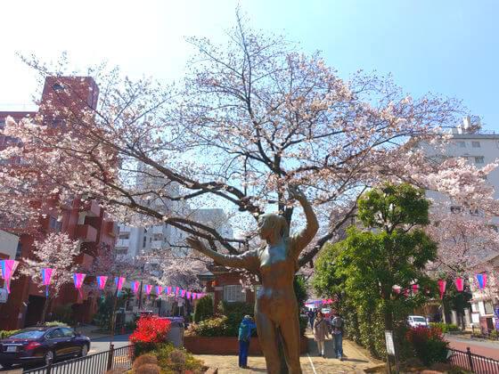 文京区 銅像 風韻