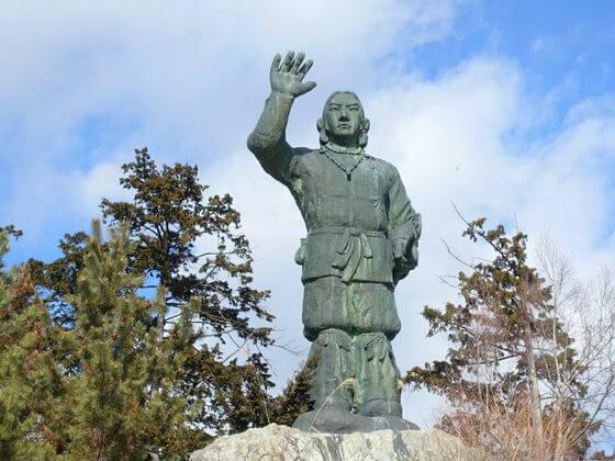秩父 三峯神社 日本武尊銅像