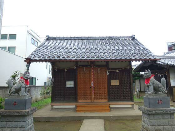 川越 出世稲荷神社 社殿