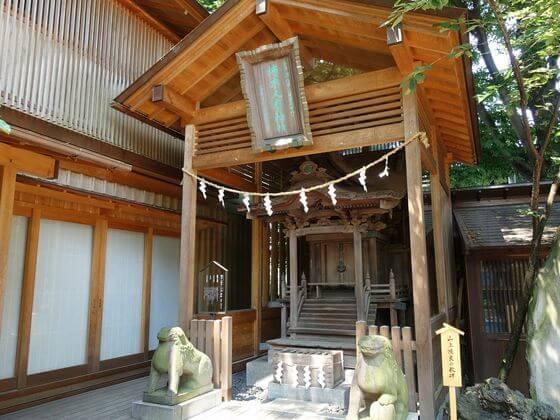 川越氷川神社 柿本人麻呂神社