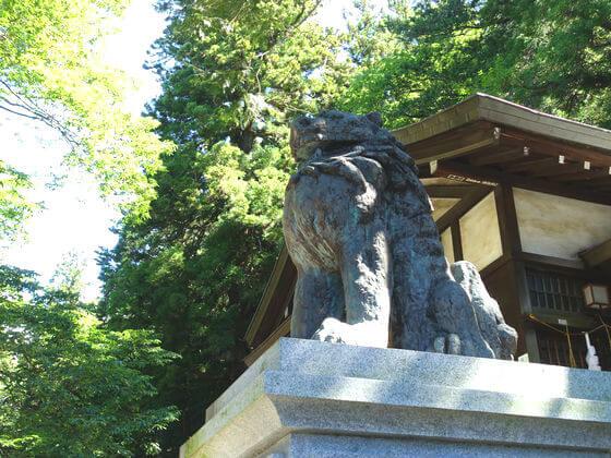 春宮 狛犬