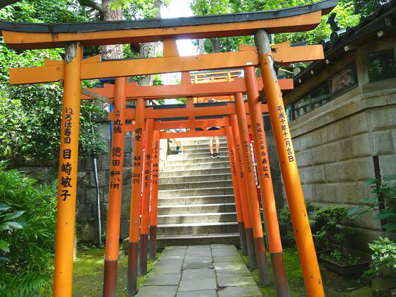 花園稲荷神社 鳥居