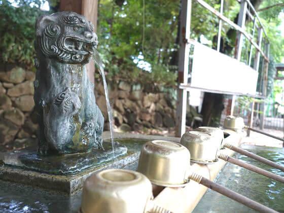 雪ヶ谷稲荷神社 手水舎