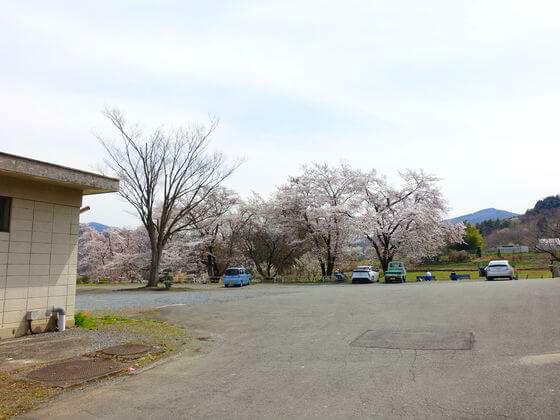 野土山 駐車場