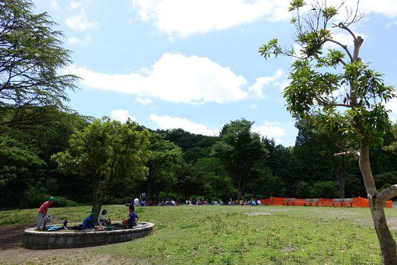 生田緑地 中央広場