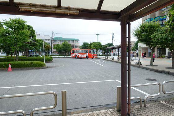 秋川駅 東京サマーランド シャトルバスのりば