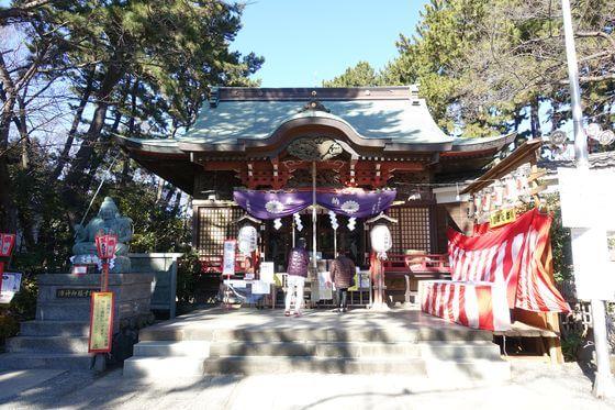 平塚三嶋神社 社殿