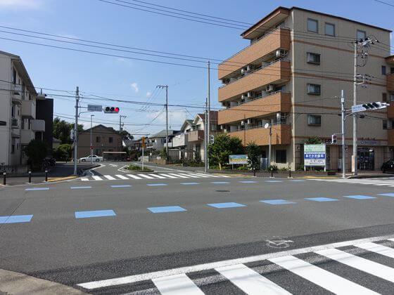高座渋谷駅西入口交差点