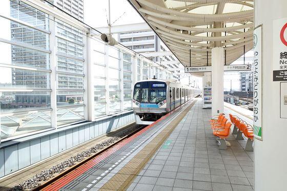 京成バラ園 電車