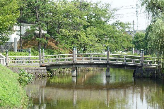忍城 あずま橋
