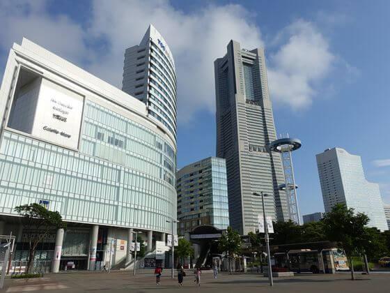桜木町駅 東口