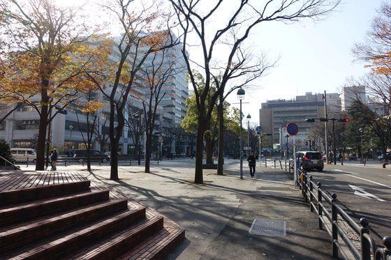 開港広場前 横浜