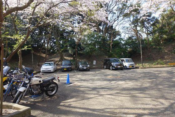 衣笠山公園 駐車場