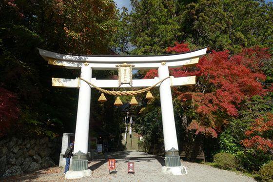 宝登山神社 二の鳥居 紅葉