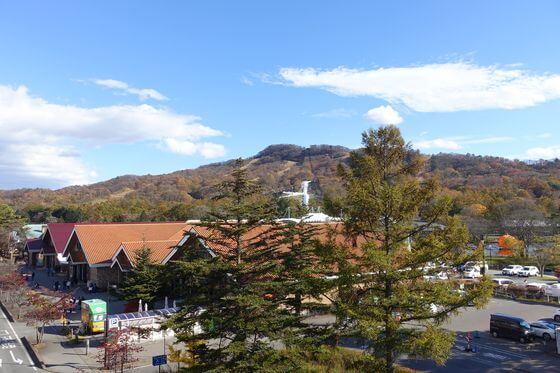 軽井沢駅 南口 紅葉