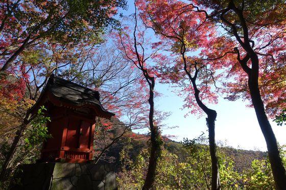 堂ヶ島渓谷遊歩道 祠