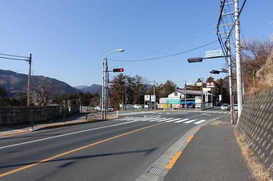 日向和田駅 青梅街道