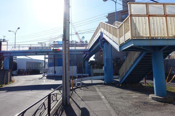 苅宿歩道橋
