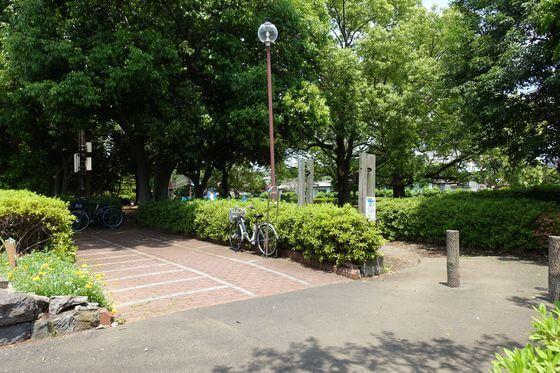 上深谷バス停 光綾公園 距離