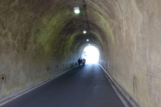柴隧道 横浜