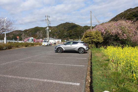 日野の菜の花畑 駐車場