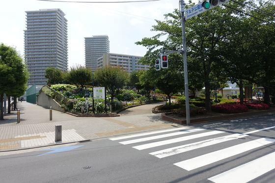 下丸子公園前交差点