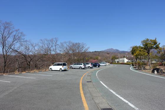 甲斐敷島梅の里 駐車場